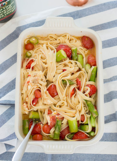 Hopped on the viral baked feta pasta challenge… and you know what? So. Worth. It. Check out our delicious variation with cherry tomatoes, asparagus, feta, and fettuccine.
